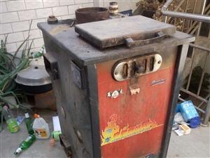出售锅炉,供暖面积400平方,给钱就卖了。