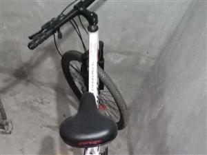 上门回收二手自行车,可以收,可以卖,有需要的朋友可以联系!价格面议!139-0828-5235