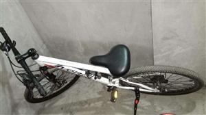 �L期收售二手自行�,�源�^�Ψ判模�有二手自行�出售的朋友可以�系我,想�I二手自行�的朋友也可以�系我...