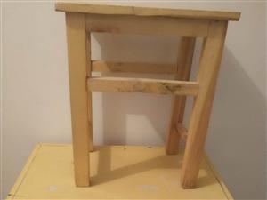 低价出售桌椅板凳二十套