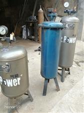 低价出售油水分离器三个,电话微信15939222449