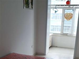三完附近2室 1厅 1卫17.5万元