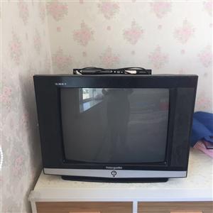 因最近搬家,家里有台电视机出售。 150出,不议价。 联系电话:15193778343 请避开...