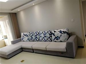雅仕达全新沙发,2500元低价转手,非诚勿扰!