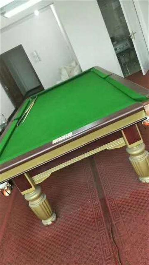 出售9成新左氏臺球桌一臺,價格美麗,非誠勿擾,電話13472217231