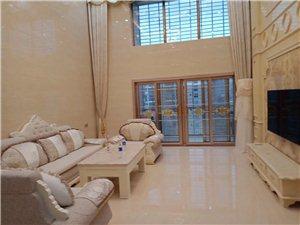 世纪豪庭5室 3厅 3卫4500元/月