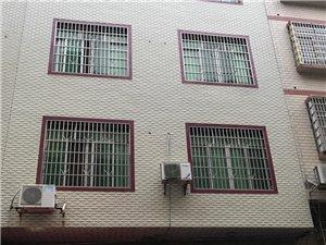 笔架山三巷菜市场:商铺、住家共四层楼