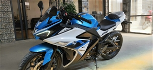 本人有出售各款各样的摩托车,小跑、街跑、重机车等价格亲民,手续齐全,支持分期0首付0利息!