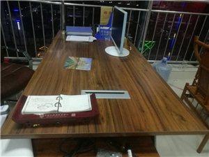 办公桌八成新,2米*2米