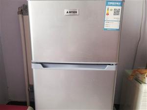 本人有一台118升小冰箱低价处理,有意者联系