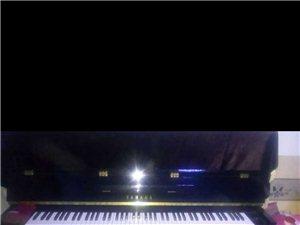 钢琴16年购买   型号:YE121    之后因本人手腕受伤,无法继续练琴    配置九成新 ...