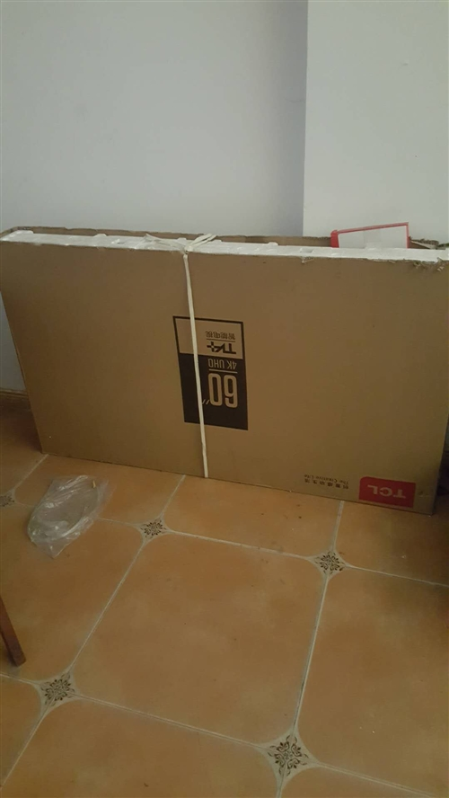 60寸TCL王牌智能网络电视,买一年没用过。