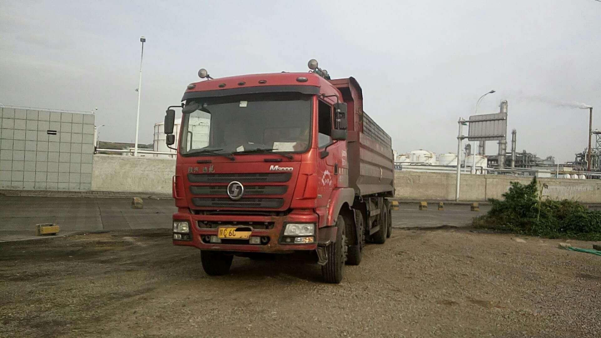 陕汽德龙M3000自卸车