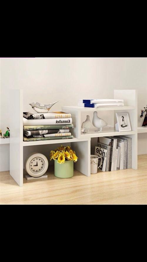小书架。置物架。黑色一台白色一套。