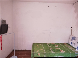 苏家坡智慧幼儿园对面1室 0厅 1卫210元/月