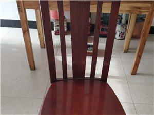 ��木凳子便宜�u便宜�u,四十元一��,有三十多��