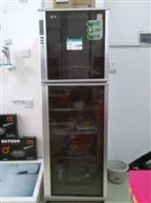 容声全新消毒柜,容声友田全新电热水器60升,80升低价处理。