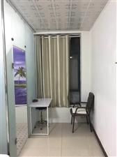精装单间卫生间空调热水器大床可停车可短租