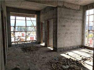 春风小区旁88平方电梯房均价3580一个平方