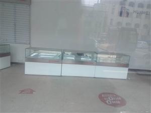求购二手香烟柜台或手机柜台一节