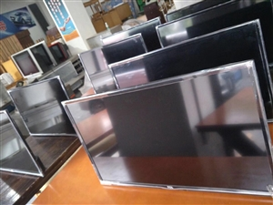 大量二手液晶电视,餐桌,餐馆用品,洗衣机,床,床垫,电热毯处理!