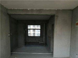 壹号公馆3室 2厅 2卫56万元