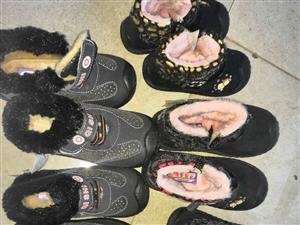 有一批抵賬庫存兒童棉鞋  型號26-30號   超低價質量沒問題全新貨  有需要的聯系