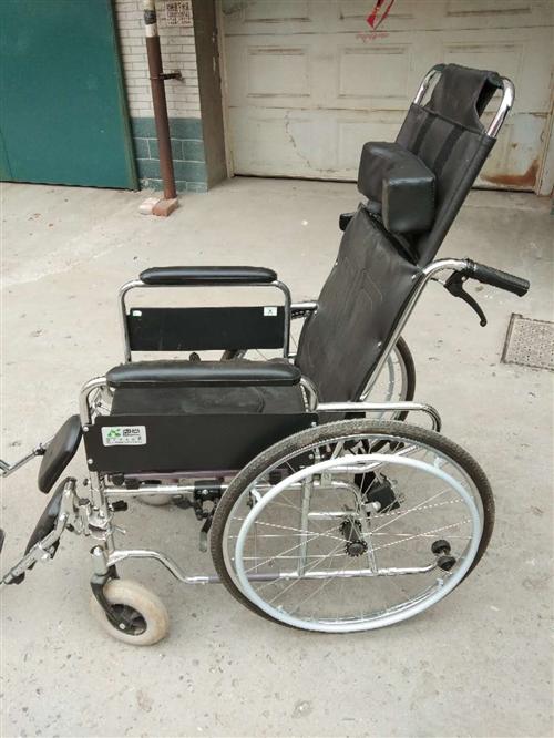 出售九成新轮椅,联系电话:15830990867