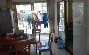 君悦华庭140平方精装修4室 仅售150万元