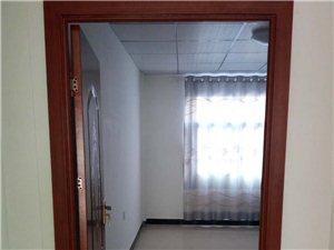 东关社区1室1厅1卫600元/月