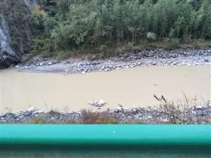 明主镇小镇河口沙场严重污染河道水资源