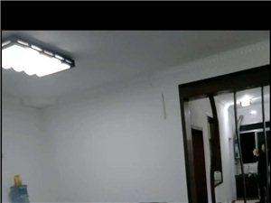 东升路201号3室 2厅 1卫900元/月