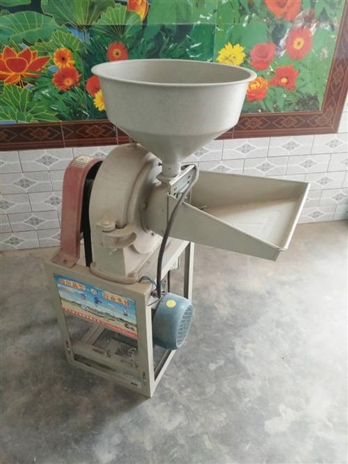 粉料粉草两用粉碎机,没用多久,一直闲着,也没地方放,看有需要者么。价钱好商量。