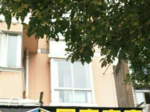 长阳龙津星城小区3室 2厅 2卫68万元