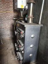 出售取暖锅炉,可带300平,用了一年,因煤改电闲置!有意者咨询,电话:15028886559