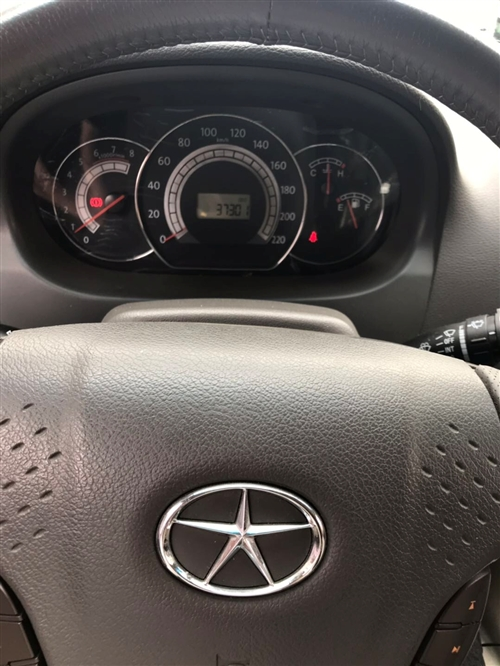 11年的江淮和悦RS豪华版1.8排量 裸车76800 8年了才37301公里,开的确实少,小毛病没有...