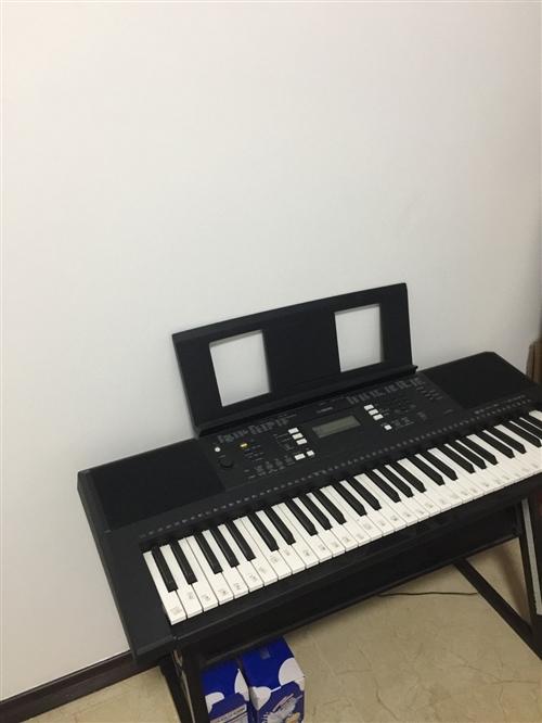雅馬哈電子琴E343九九成新,彈了幾次,便宜甩賣啦,自提