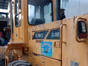 出售30柳工鏟車一臺,2O12年的,