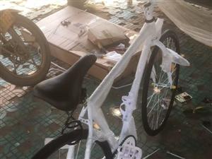 刚买几天的自行车,本来打算上班骑的,冬天到了人太懒,都在骑电瓶车。现低价出售,有需求的朋友可以随时联...