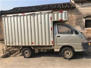 五菱厢式小型货车,正牌正税有保险,车龄11年