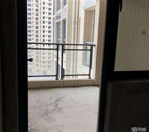 希桥商贸城4室 2厅 3卫87万元