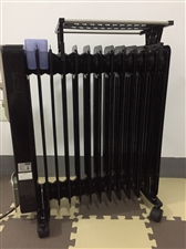 出售二手电热片,9.999999成新。 用了十天不到,2分钟发热,用起来十分方便。由于工作原因现低...