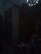 鹤山市沙坪镇楼冲元岗新村违建房子,谁可以管一下这违建。