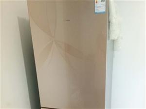 出售冰箱,用了一年多,价格1500.价格可议