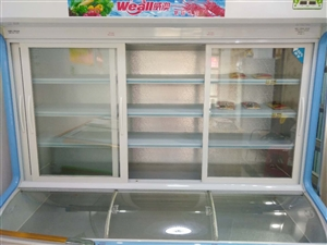新开店购进的新冰柜威澳2米点菜柜,一个星期后发现用一个冰柜即可雪藏所有冻品,所以闲置了,2018年1...