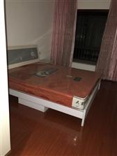 天成名都3室 1厅 2卫600元/月