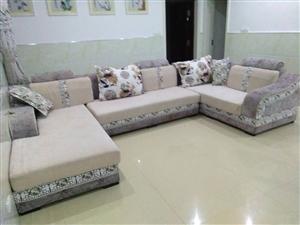 出售八成新沙发,因客厅小,沙发有点大,把客厅弄得很挤。有需要的朋友请联系15872059006 (...
