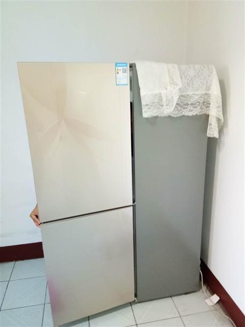 出售二手冰箱,自己家用一年,一点毛病磕碰都没有,价格1500,价格可议