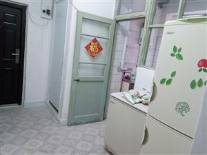 三春里(出租)2室 1厅 1卫1500元/月
