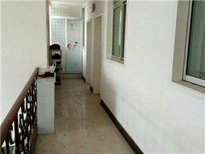 县医院对面1室 1厅 1卫600元/月